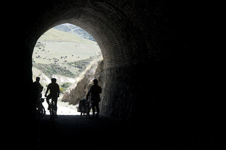 otago central rail trail in bici