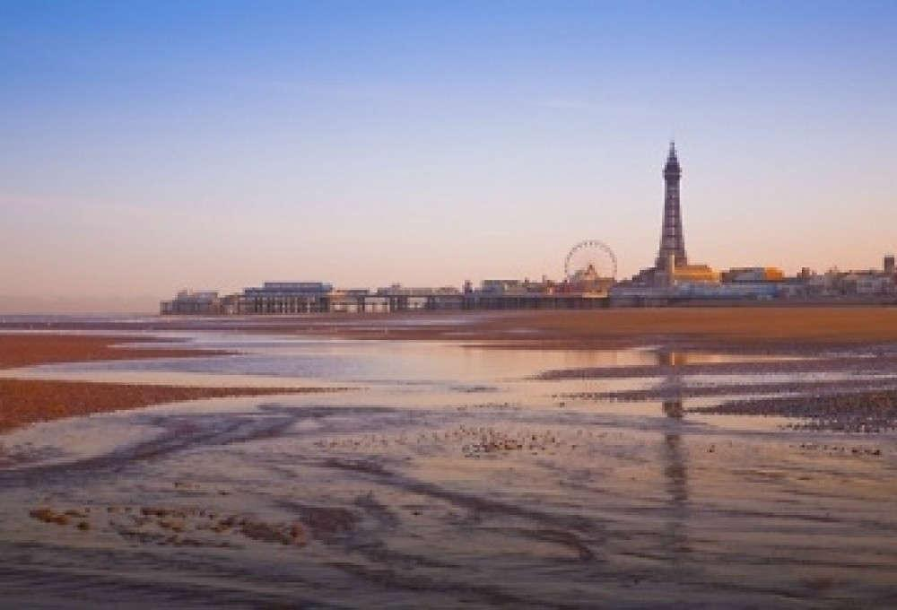 Tour Eiffel a Blackpool- uk